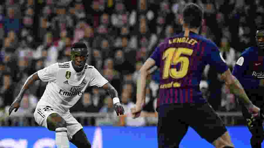 Vinicius Júnior, durante partida entre Real Madrid e Barcelona - JAVIER SORIANO / AFP