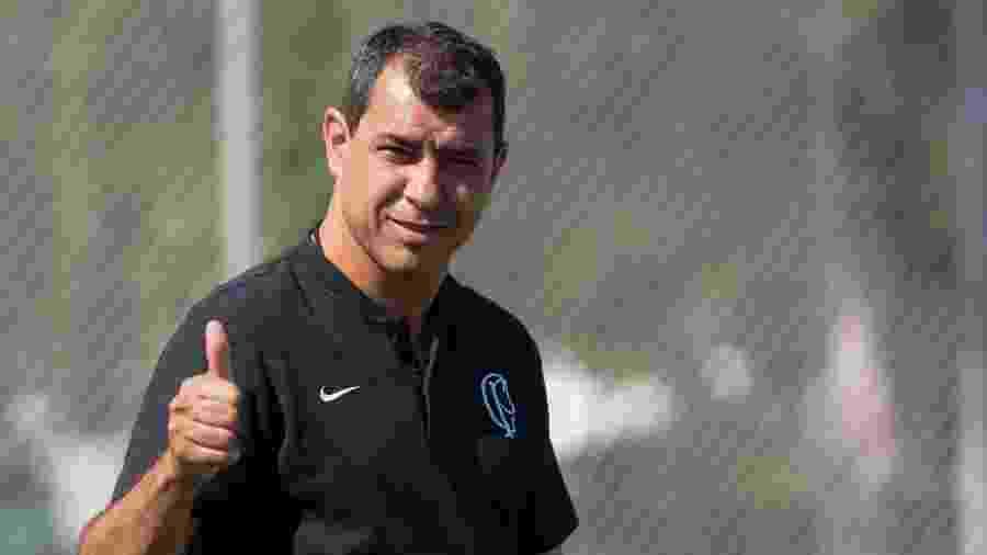 Técnico tem elenco inteiro à disposição pela primeira vez em cerca de 45 dias - Marcello Zambrana/AGIF