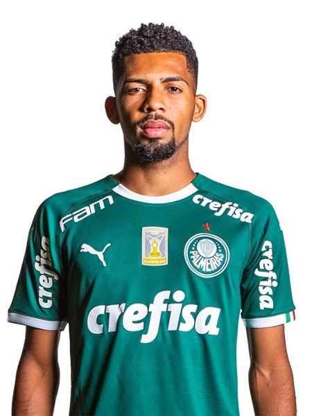 Barcelona chega a acordo com Palmeiras e anuncia volante Matheus ...