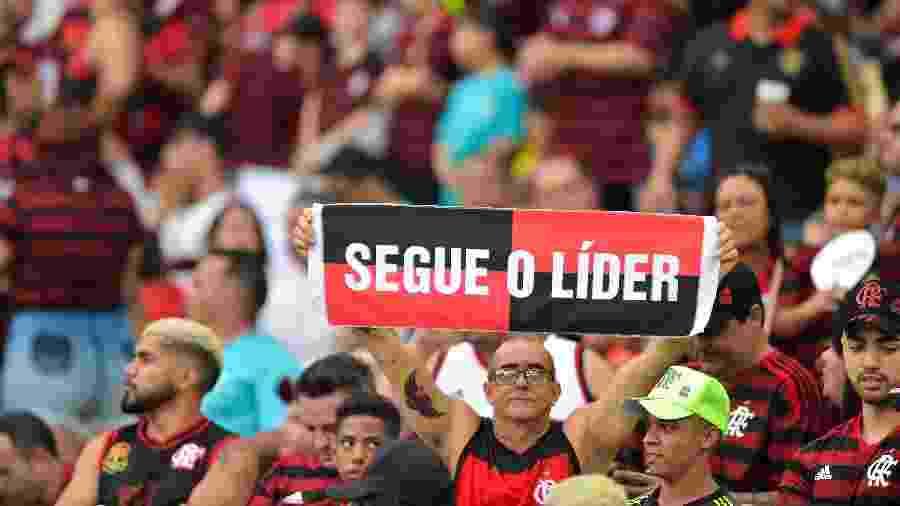 Torcedor do Flamengo durante vitória sobre o Bahia - Thiago Ribeiro/AGIF