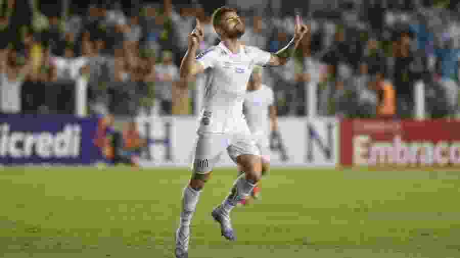 Eduardo Sasha anotou o terceiro gol do Santos diante do Mirassol - Ivan Sorti/Santos FC