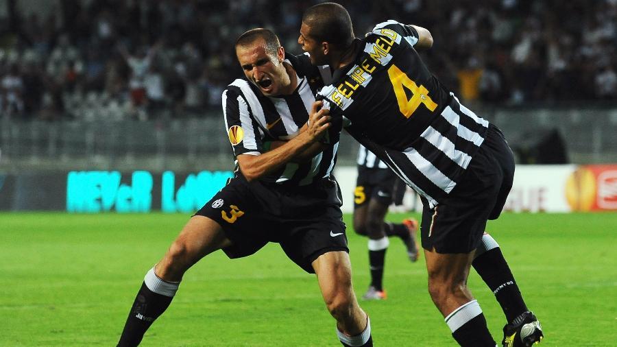 Chiellini e Felipe Melo comemoram gol da Juventus; desafetos foram companheiros de time - Valerio Pennicino/Getty Images