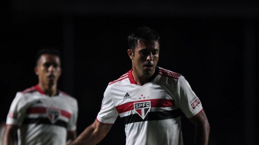 Eder, atacante do São Paulo, deixou a sua marca diante do São Caetano - Rubens Chiri / saopaulofc.net