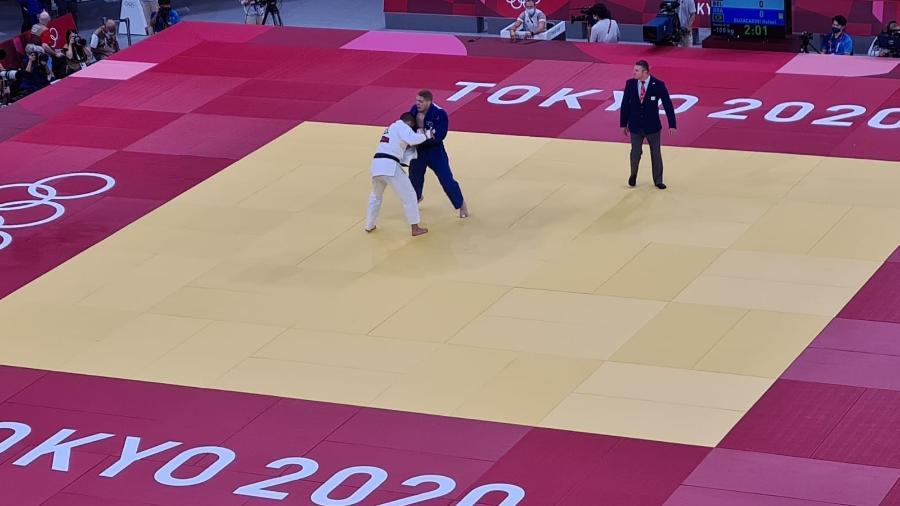 Rafael Buzacarini foi derrotado no judô na categoria até 100 kg e está eliminado das Olimpíadas de Tóquio-2020 - Reprodução/COB