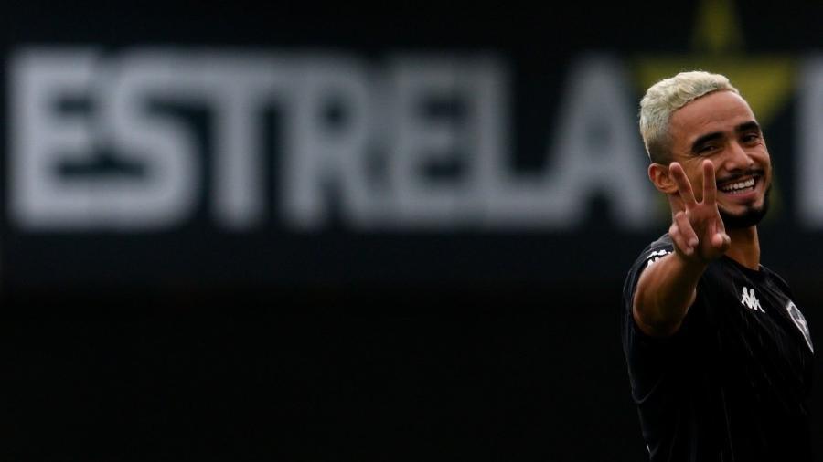 Lateral-direito Rafael, recém-contratado pelo Botafogo - Vítor Silva/ BFR