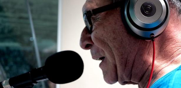 Silvério trabalha com narração há 53 anos - Adriano Wilkson/UOL