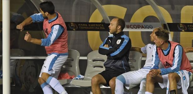 Suárez ficou revoltado ao não ser colocado em campo na Copa América