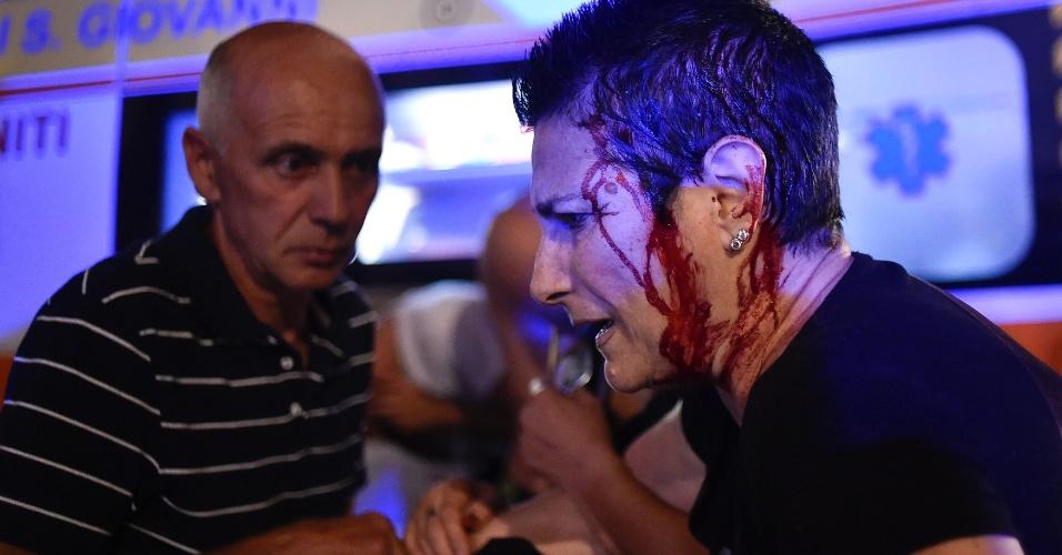 Torcedora da Juventus ferida após confusão na praça San Carlo, em Turim
