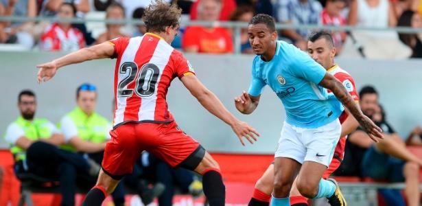 Danilo defenderá o City nesta temporada - Josep Lago/AFP