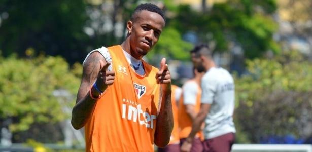 Militão, zagueiro que atua como lateral do São Paulo, negocia até 2022