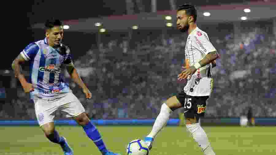 CSA venceu Corinthians na última rodada e chega embalado diante do Athletico-PR - Itawi Albuquerque/AGIF