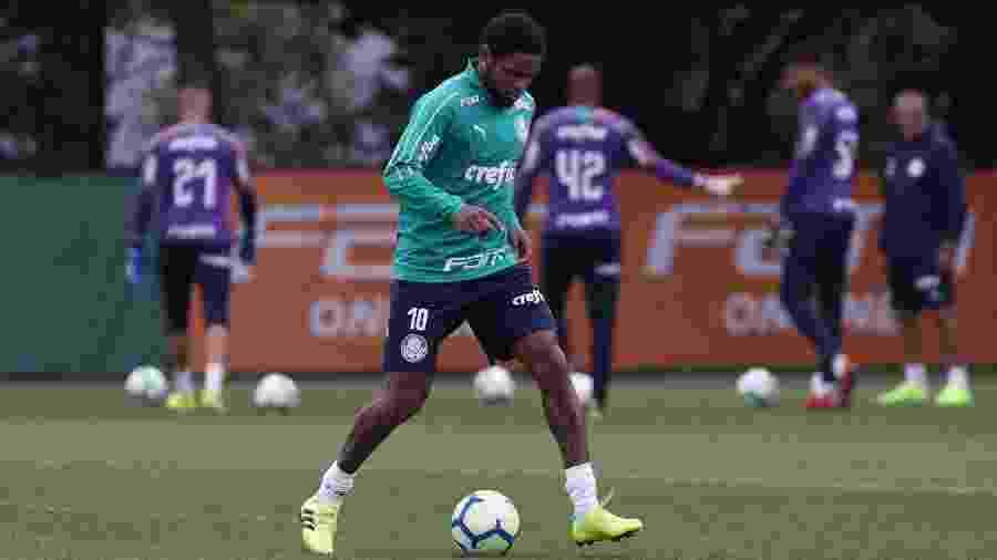Luiz Adriano foi testado entre os titulares após Borja iniciar como titular - Cesar Greco/Ag. Palmeiras/Divulgação