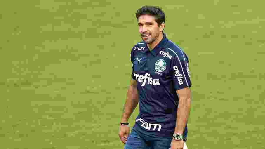 Time comandado Abel Ferreira pode se tornar o melhor visitante do campeonato se vencer o Goiás - Thiago Ribeiro/AGIF