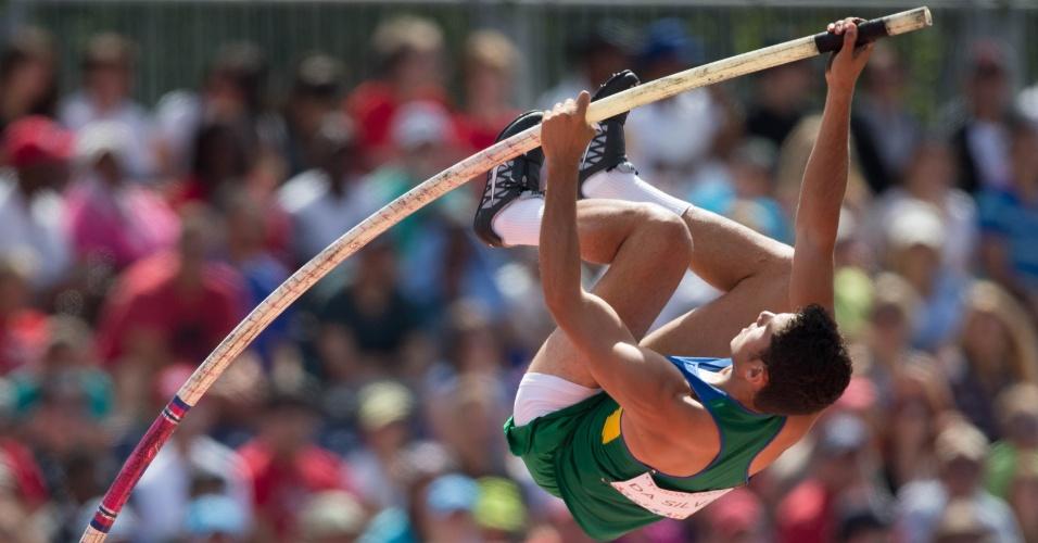 Thiago Braz não conseguiu passar dos 5,40m no salto com vara e foi precocemente eliminado