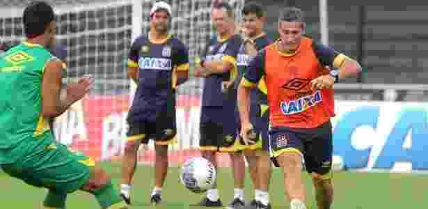 Técnico Jorginho participa de rachão do Vasco com os jogadores em São Januário - Paulo Fernandes / Site oficial do Vasco - Paulo Fernandes / Site oficial do Vasco
