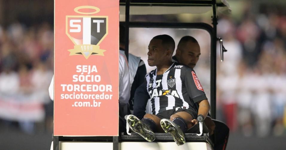 Robinho deixa jogo entre São Paulo e Atlético-MG nas quartas de final da Libertadores