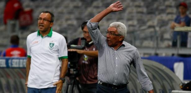 Último trabalho do técnico Givanildo de Oliveira foi no América-MG
