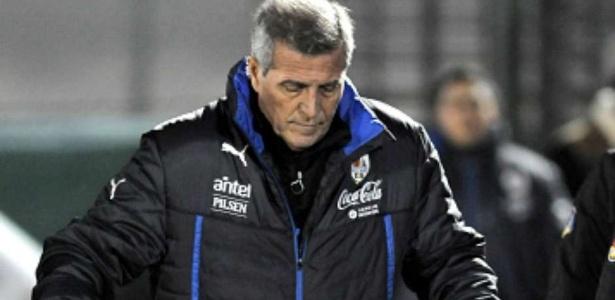 Técnico Oscar Tabárez analisou situação de sua seleção nas Eliminatórias