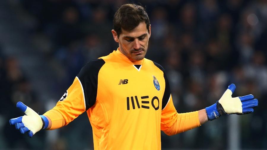 Casillas ficou na reserva no jogo com o RB Leipzig, pela Liga dos Campeões  - Stefano Rellandini/Reuters