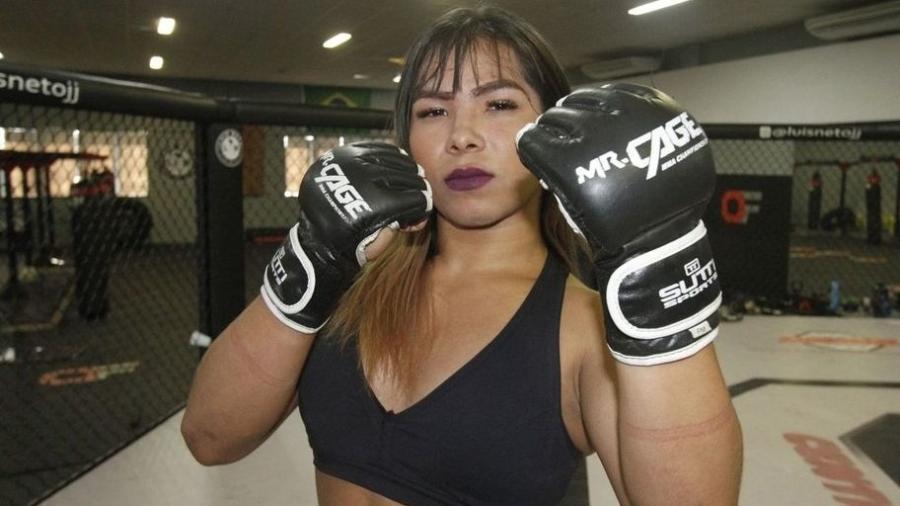 Polêmica: Anne Veriato vai enfrentar um lutador homem na estreia no MMA - Winnetou Almeida