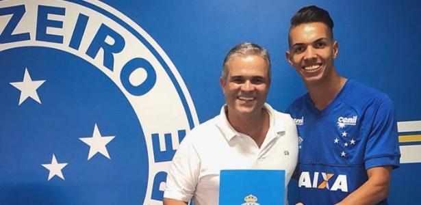 Volante Makton acertou com o Cruzeiro por meio do superintendente de base Guilherme Cruz - Divulgação/Cruzeiro