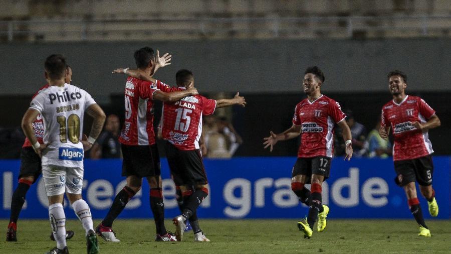 Santos empata com River Plate e está fora da Copa Sul-Americana ... 56bf8b1eb2c5b