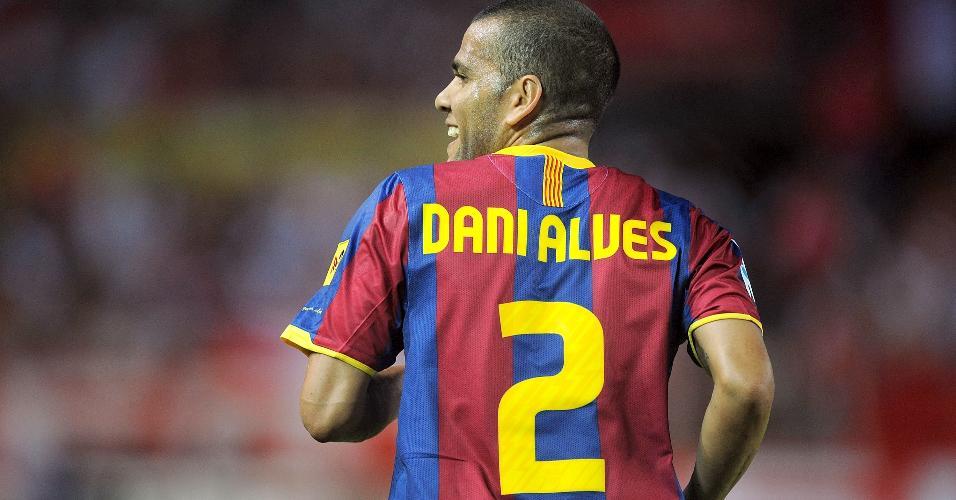 Dani Alves, durante partida pelo Barcelona em 2010