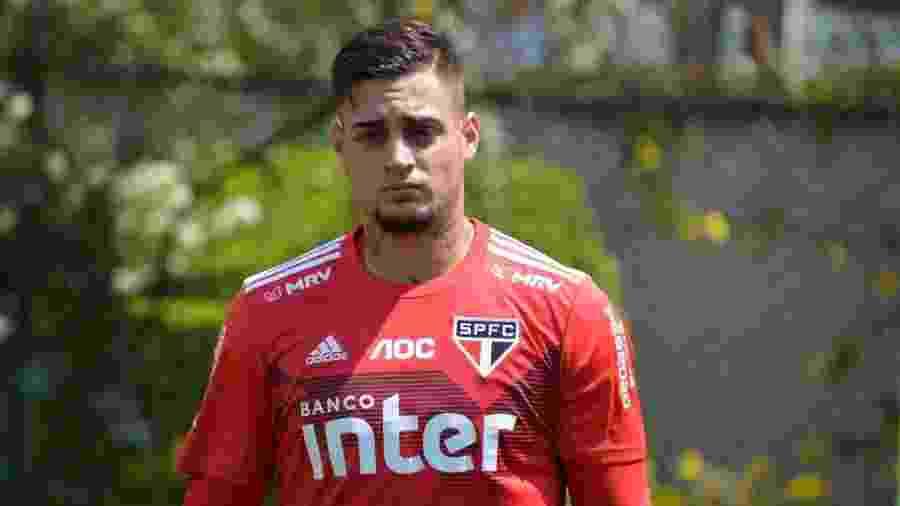 Jean foi emprestado pelo São Paulo ao Atlético-GO, mas ainda pode movimentar mais o mercado da bola - saopaulofc.net