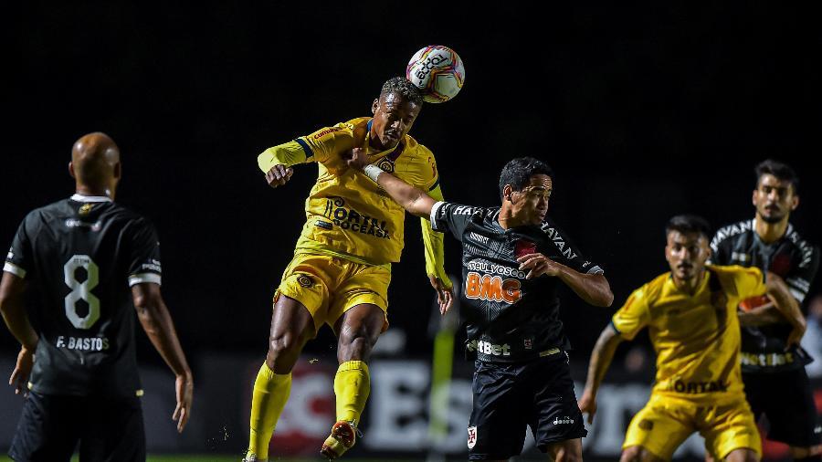 Vasco venceu o Madureira por 1 a 0 em primeira transmissão exclusiva da história do clube - Thiago Ribeiro/AGIF