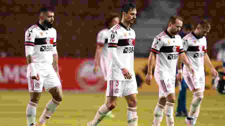 Jogadores do Flamengo lamentam derrota para o Independiente del Valle na Libertadores  - Pool/Getty Images
