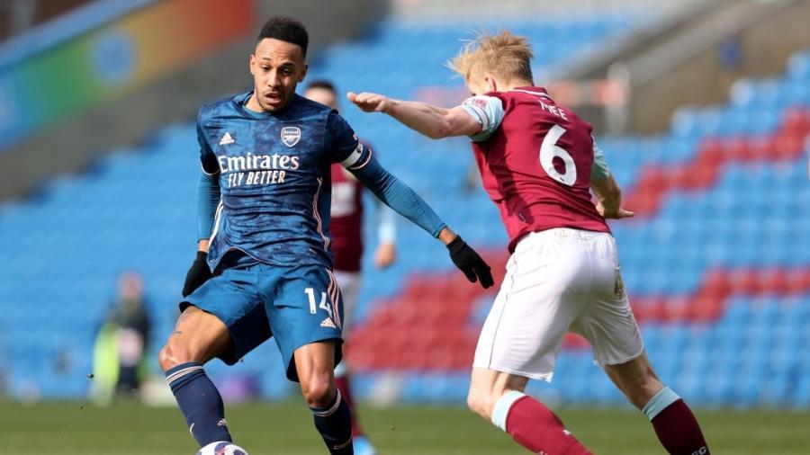 Arsenal e Burnley se enfrentam em rodada do Campeonato Inglês - Clive Brunskill/Getty Images