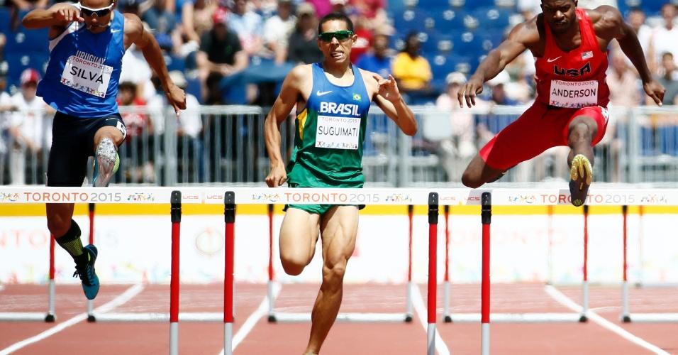 Mahau Suguimati durante a prova dos 400m com barreira. Brasileiro terminou na quarta colocação
