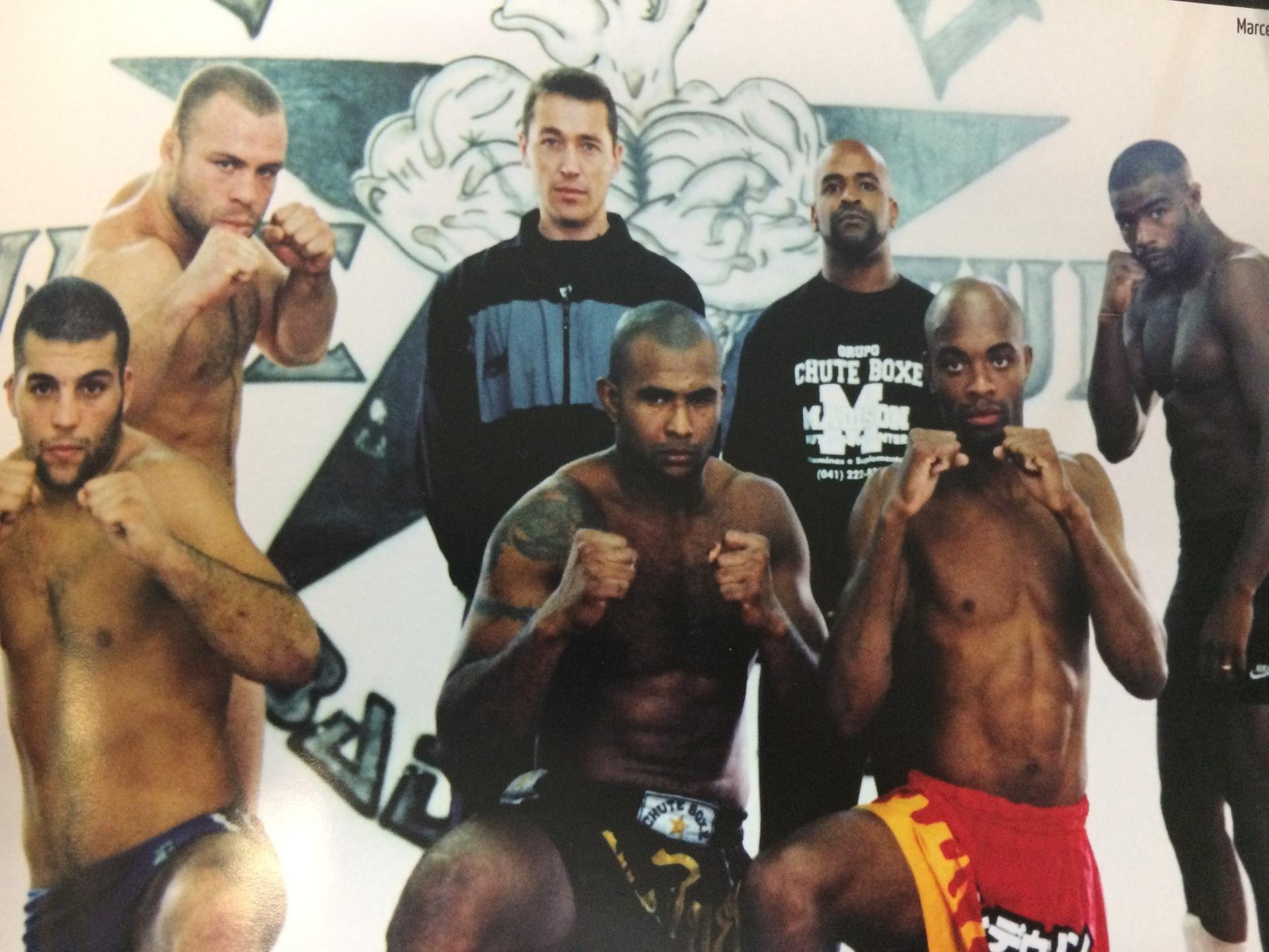 Antiga equipe de Chute Boxe em Curitiba