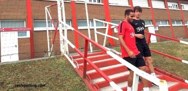 Douglas chegou ao Sporting Gijon para ganhar ritmo de jogo