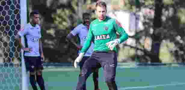 Victor depende de conversa com Roger para voltar ao gol do Atlético ... 42ff94f1d03a5