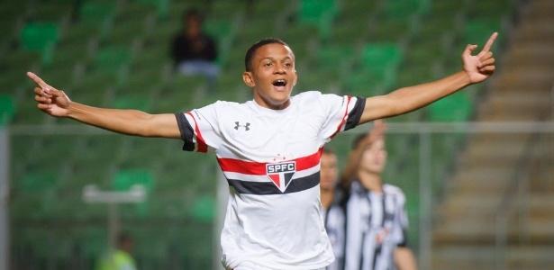 Paulinho é um dos atacantes do time sub-17 do São Paulo
