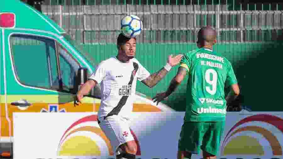 Chapecoense e Vasco se enfrentam hoje (14), às 19h, na Arena Condá (SC), pelo Brasileiro  - Liamara Polli/AGIF