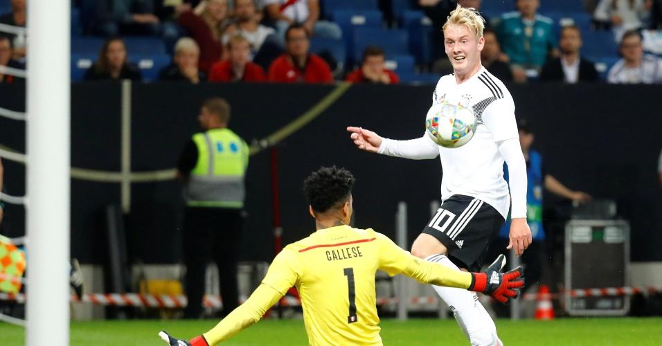 Julian Brandt toca na saída de Gallese para empatar o amistoso Alemanha x Peru