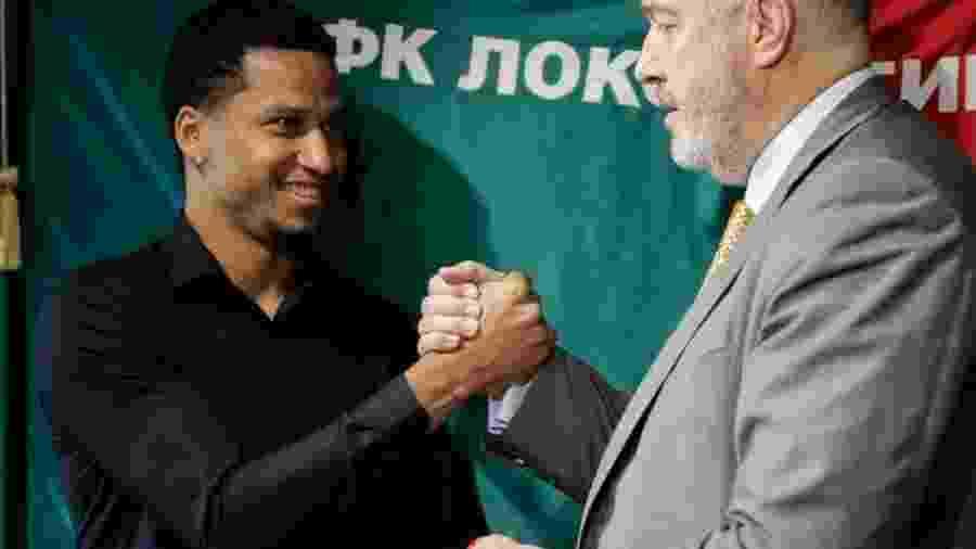 Murilo foi negociado com o Lokomotiv Moscou, mas grana da venda será utilizada para pagar salários atrasados - @fclokomotiv/Twitter
