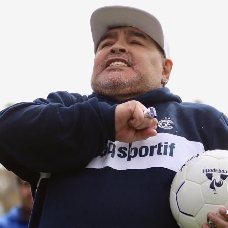 """""""Uma boa pessoa que sempre trabalhou pelos mais humildes"""", escreveu o ex-jogador sobre Evo Morales - Divulgação/Gimnasia La Plata"""