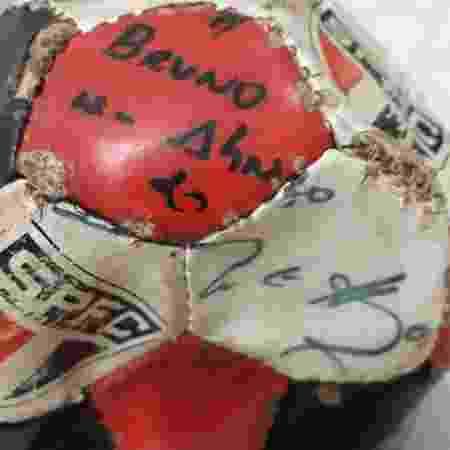 Bola São Paulo Bruninho Eliza Samúdio - Arquivo Pessoal - Arquivo Pessoal