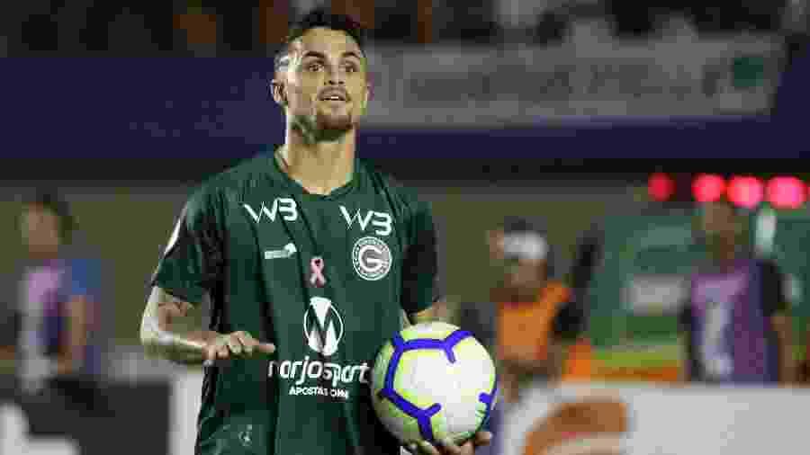 Atcante Michael comemora gol do Goiás contra o Corinthians no Campeonato Brasileiro deste ano - Heber Gomes/AGIF