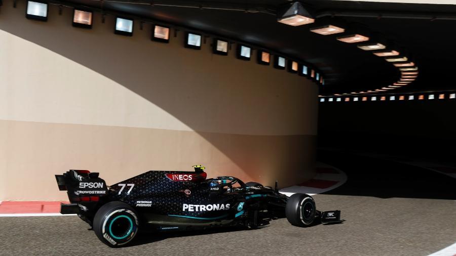 Valtteri Bottas, da Mercedes, durante os treinos livres do GP de Abu Dhabi - LAT Images/Divulgação