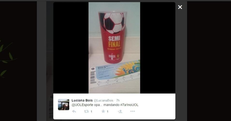 Luciana Bois postou a foto das suas recordações do 7 a 1 no Twitter do UOL Esporte