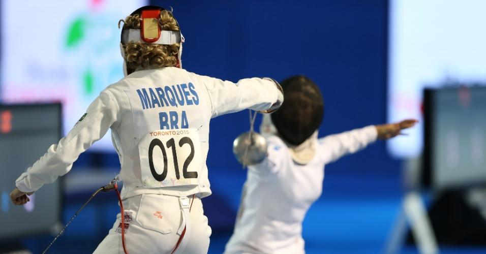 Yane Marques compete na prova de esgrima do pentatlo moderno