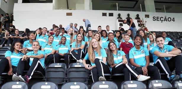 Futebol Feminino do Santos pode ganhar intercâmbio com o vencedor time do Chelsea  - SantosFC/Divulgação