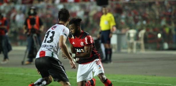 Flamengo e Palestino fizeram uma partida agitada em Cariacica (ES) - Gilvan de Souza / Site oficial do Flamengo