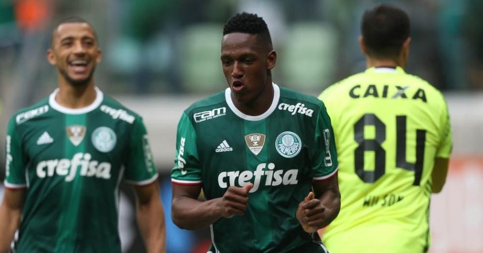 Mina celebra gol marcado pelo Palmeiras diante do Coritiba, no Allianz Parque