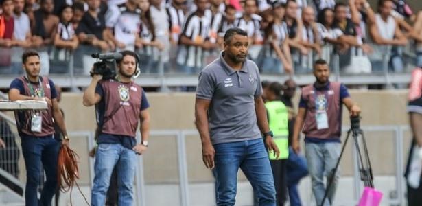 Roger Machado espera melhora do Atlético-MG no decorre da temporada