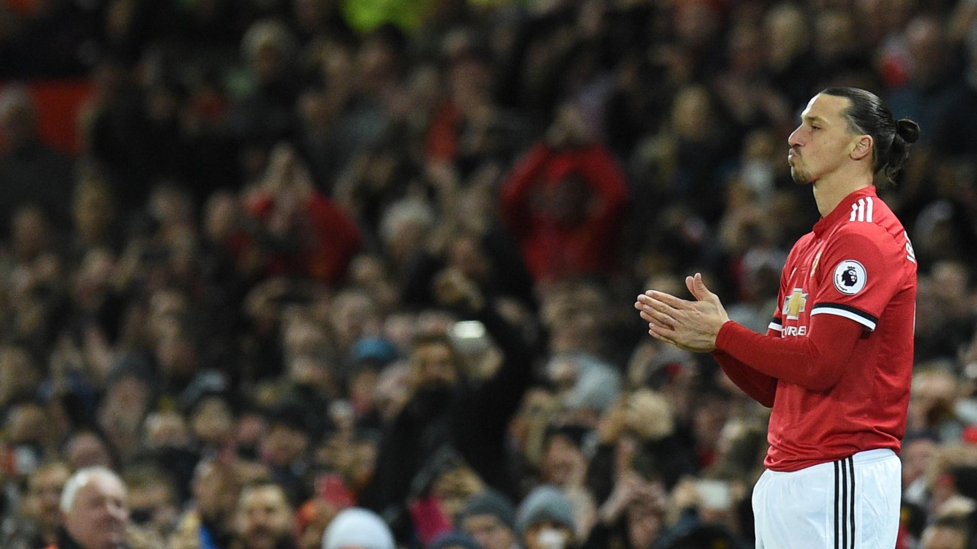Zlatan Ibrahimovic entrou no segundo tempo contra o Newcastle